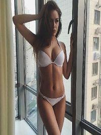Prostytutka Valeria Pieniężno